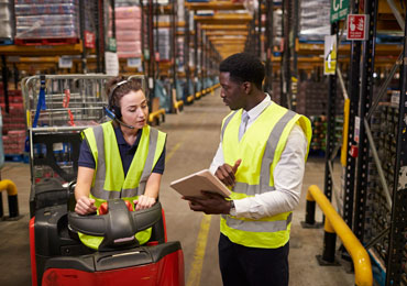 3 Keys to Efficient Shipping in the Plastics Industry photo